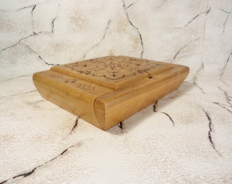Vintage Wooden Box, Handmade Pirography Box, Old Wooden Jewelry Box, Keepsake Box from '70s, Wooden Jewelry Box from Bulgaria