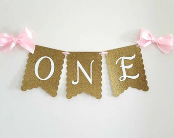 Gold, pink and white High chair banner with satin ribbon bows. Pink and gold birtday. First birthday banner, ONE banner