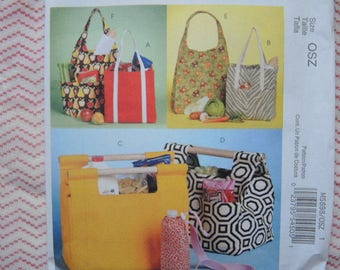 2000s sewing pattern McCalls market totes and bottle carrier UNCUT