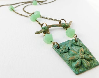 Flower Necklace with Green Stones