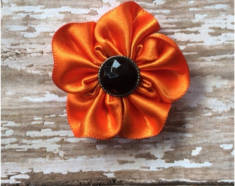Orange and Black Satin Flower Hair Clip, Girls Halloween Hair Bow, Flower Alligator Clip, Halloween Hair Accessory, Fall Hair Bow, Flower