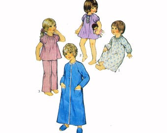"Sewing Pattern for Toddler Nightgown Pajamas & Robe Vintage Size 2 Chest 21"" (53 cm) Style 4557 S"