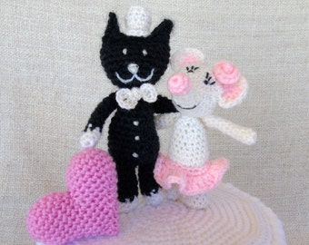 CAT and mouse and heart wedding cake topper for your cake wedding figurine
