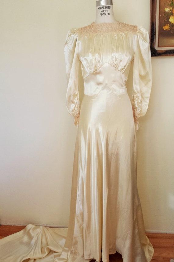 Fantastisch Jahrgang 1930 Brautkleider Ideen - Brautkleider Ideen ...