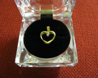 14k Yellow Gold Heart Pendant with Diamond Chip