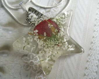 Red Rosebud, Queen Anne's Lace  Pressed Flower Star Resin Pendant-Symbolizes True Love, Peace-Nature's Wearable Art-Gifts Under 30