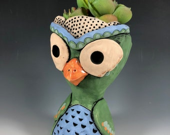 Moseby Owl // Green // Succulent Pot // Owl Planter // Small Sculpture // Pottery // Ceramic // Unique // Gift // Home Decor // Adorable