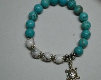 Beautiful Turquoise Turtle bracelet