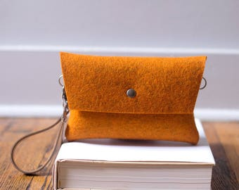 Tiny Clutch in Orange
