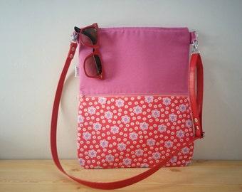 Canvas Tote Bag,tote bag,fabric tote,crossbody bag,zippered bag,red bag,flowers bag,boho bag,printed tote bag,printed bag,black tote,bag