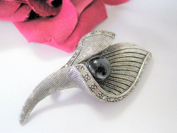 Calla Lily Brooch, Silver Rhinestone Edges, Black Glass Bead Center, Mid Century Modern Style