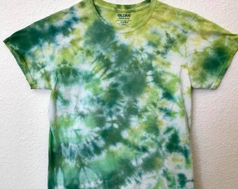 Medium Green, Lime & Hunter Crinkle Tie Dye T-Shirt