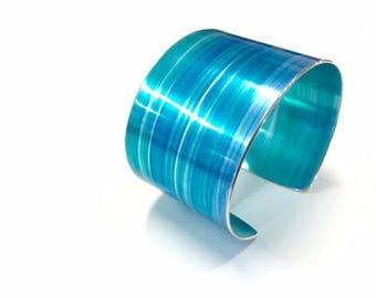 Turquoise 40 mm Anodised Aluminium Cuff