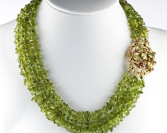 Outstanding vintage peridot and ruby brooch necklace