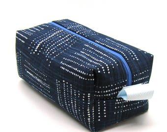Makeup Bag Cosmetic Case - Indigo Blue Geometric Dots