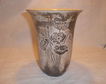 Smoking, flared top vase poppy pattern