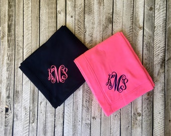 Monogram blanket, Monogrammed gifts, Personalized blanket, Bridesmaid gifts, Graduation Gifts, Outdoor Wedding, Bridal Shower Gifts