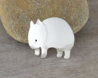 wombat brooch in sterling silver