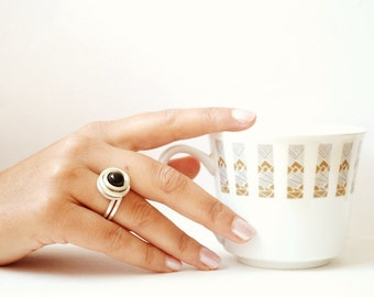 onix ring, wire wrap onix ring, wire wrapped ring with black onyx stone, black onix ring, wire wrapped ring, wire wrap black, gemstone ring