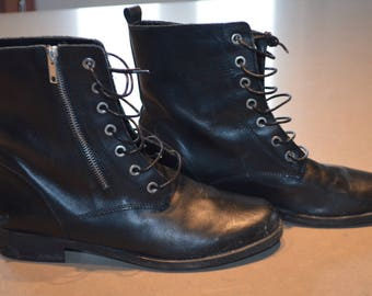 Get 15% off with code NEW15 + SHIPPING reduced black vintage boots 39