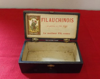 Boite fil au chinois. Old wood sewing thread box. Vrau Lille. Nord. Concours 1908. France
