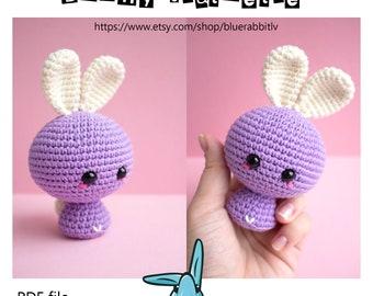 Bunny statuette - amigurumi crochet pattern. Languages:  English, Danish,  French, Spanish,  Swedish,  Portuguese