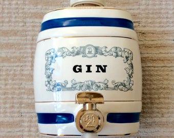 Gin dispenser