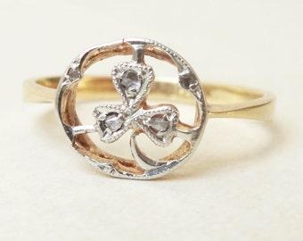 15% OFF SALE Vintage 18k Gold Diamond Shamrock Leaf Ring, Approx. Size 6.25