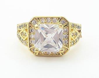 Parisian Art Deco Ring in Yellow Gold