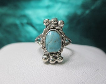 Sterling Silver Vintage Turquoise Ring