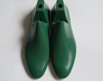MEN'S plastic shoe lasts for sewing (heel 2 cm)
