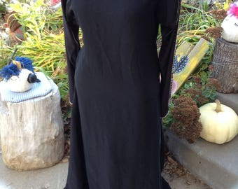 Vintage ladies long sleeve full length black dress with beaded sleeves size large free domestic shipp perfect holiday dress