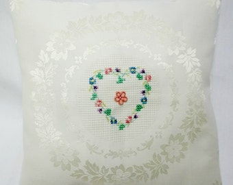 Heart And Flowers Cross Stitch Decorative Pillow Cottage Chic Valentine