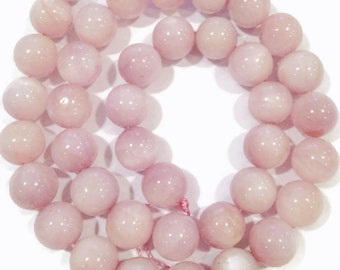 Kunzite smooth rounds.  Appox. 8.5-8.75mm.   Select a quantity.