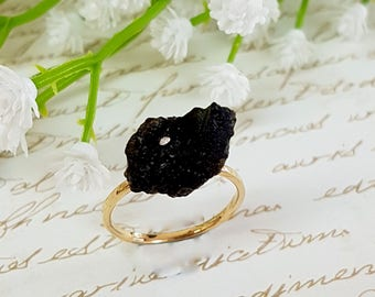 Stone Ring, Black Raw Ring, Gemstone Jewelry, Gold Black Lava Stone Ring, Natural Stone Ring, Gold Ring, Boho Chic Ring, Black Ring