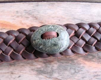 Bracelet en cuir avec Pierre de touche Serpentine - tissage celtique de Bracelet en cuir espagnol vie--pour homme ou femme