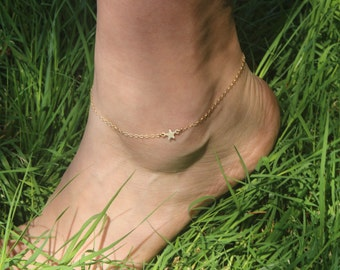 Dainty Gold Star Anklet, Gold Anklet, Delicate Gold Ankle Bracelet, Gold Star Jewelry, Thin Gold Anklet for Women, Summer Beach Jewelry