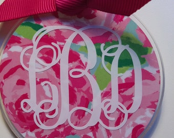 Bold Lilly Pullitzer inspired monogramed key chain