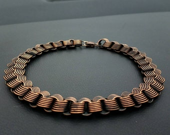 Beautiful vintage dimensional copper necklace 16""