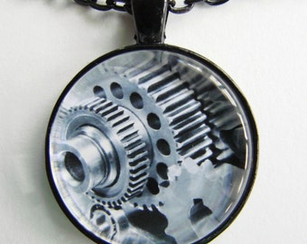 MEN'S BIG GEARS Steampunk Necklace -- Giant gears and cogs, Technology Art for him, Shades of stainless steel, Industrial necklace