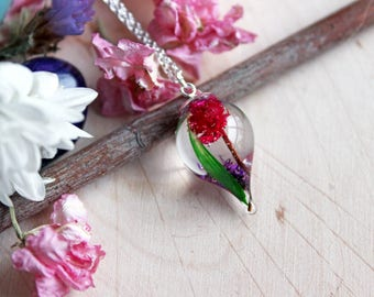 Pendant drop of resin, purple and pink flowers and bamboo leaf