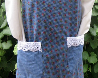 Vintage Old Fashioned Look Rose Floral Canning Apron (Medium)