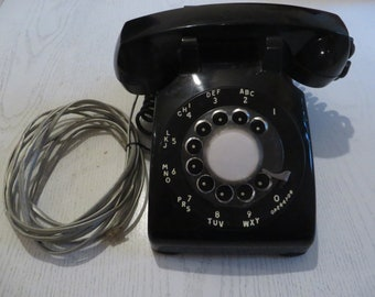 ITT Black Rotary Phone in good working condition