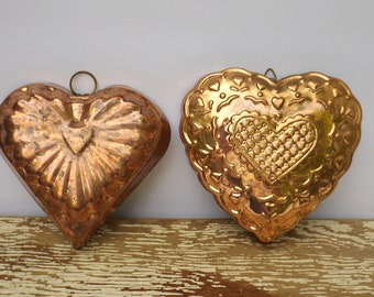 Copper jello mold set,set of 2,heart shape,copper kitchen wall decor,bakery decor,bakers gift,pudding mold,patina,distressed,ornate