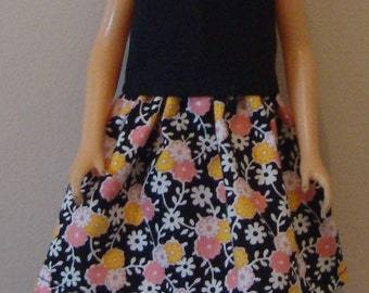 Top and skirt for Barbie size doll, barbie top, barbie skirt, barbie size top, barbie size skirt, barbie doll outfit, flowered skrt, top