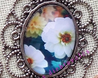 Flowers cabochon needle minder for cross stitching/embroidery