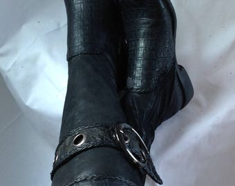 Unique OOAK Medieval/boots / lace/black/bottom heel at the back/Troubadour/Croco multiple fabrics/Size 7