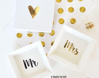 Mr and Mrs Ring Dish Wedding Gift Engagement Gift Jewelry Dish Bride To Be Gift  (EB3125MRS)