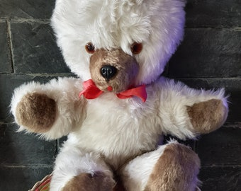 Teddy bear white vintage