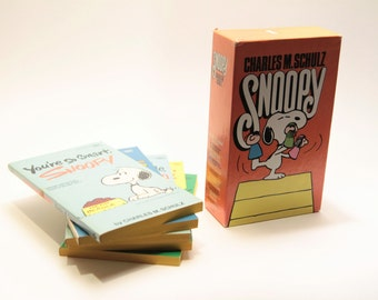 1960's Set of (5) Snoopy Charlie Brown softcover books Charles M. Schulz Your So Smart Snoopy, All This and Snoopy Too, Good Ol' Snoopy 60's